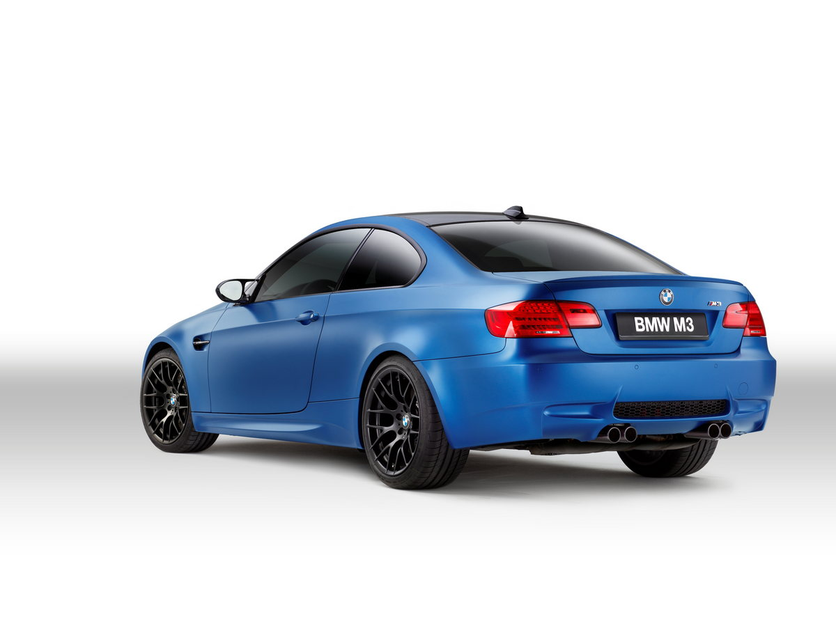 REVEALED: E92 2013 BMW M3 Coupe Frozen Red White and Blue Edition