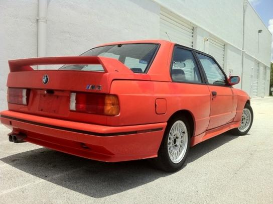 CLASSIFIED SPOTLIGHT: Faded E30 BMW M3 Needs Quick Restoration