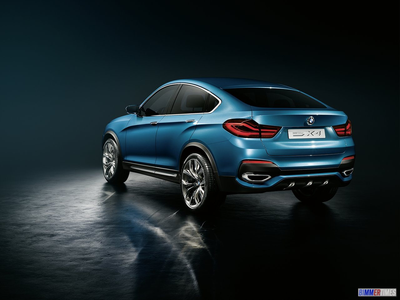 WORLD DEBUT: BMW X4 Sport Activity Coupe Pictures and Video